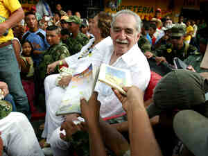 """Admirers ask Gabriel Garcia Marquez --€"""" seated alongside his wife, Me"""