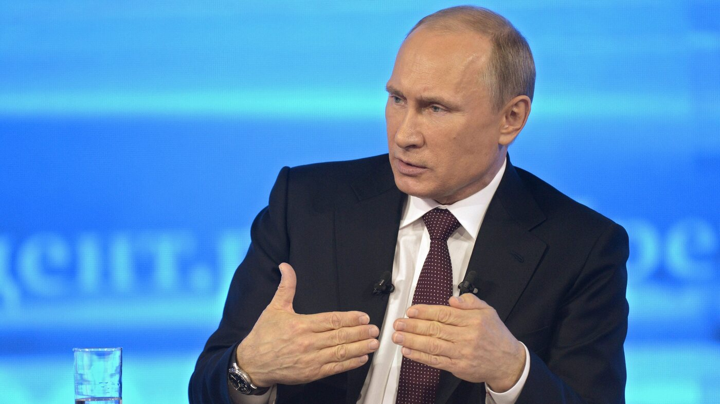 Putin Tells Snowden That Russia Doesn't Do Mass Surveillance