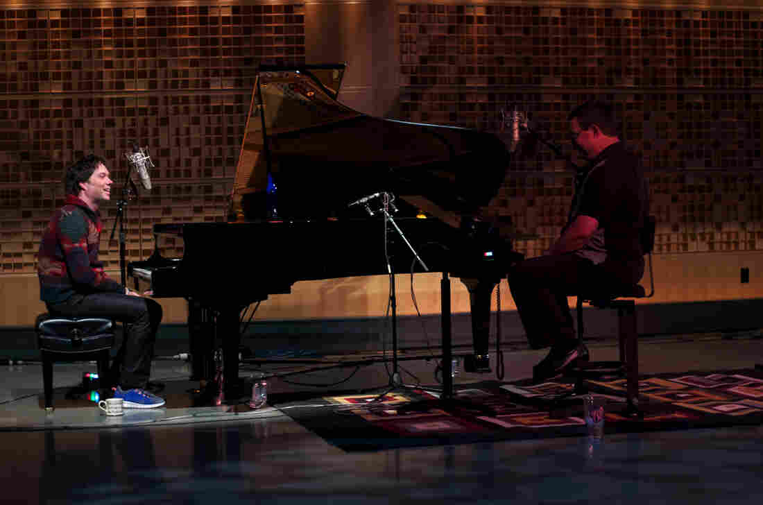 Rufus Wainwright joins Wade Goodwyn in NPR's Studio 1 to play a few of his hits.