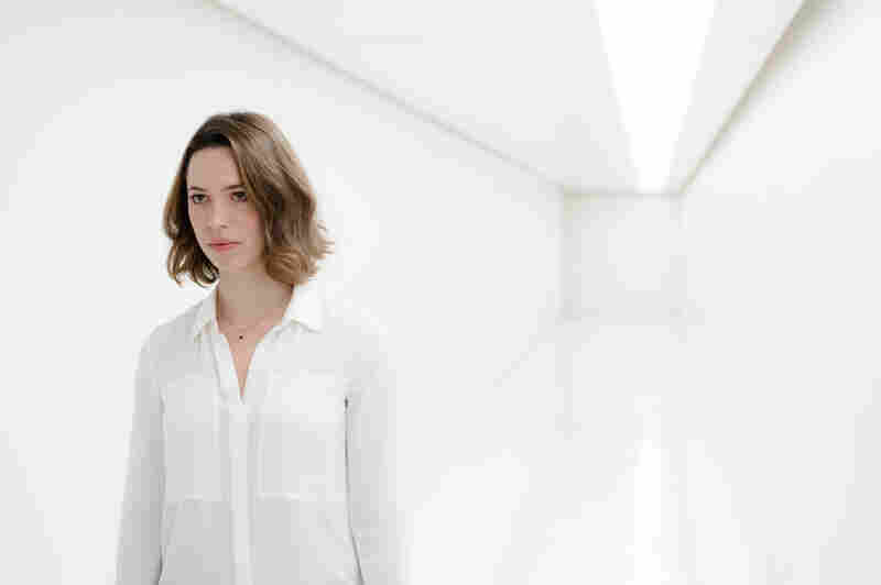 Rebecca Hall plays Evelyn Caster, who makes a tough choice about her husband in Transcendence.