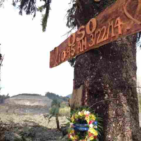 Rescue Workers Erect Memorial To Washington Mudslide Victims