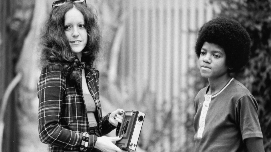 Lisa Robinson interviews a young Michael Jackson at his family's house in Encino, Calif., in October 1972. (Courtesy of Riverhead Books)