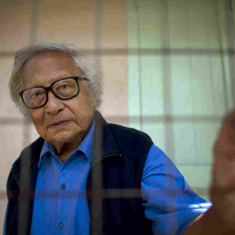 Win Tin, Myanmar's Longest-Serving Political Prisoner, Dies