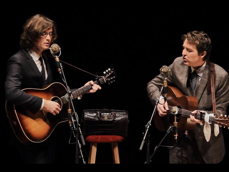 See the folk duo in a gorgeously produced concert, filmed live at Columbus, Ohio's Lincoln Theater.