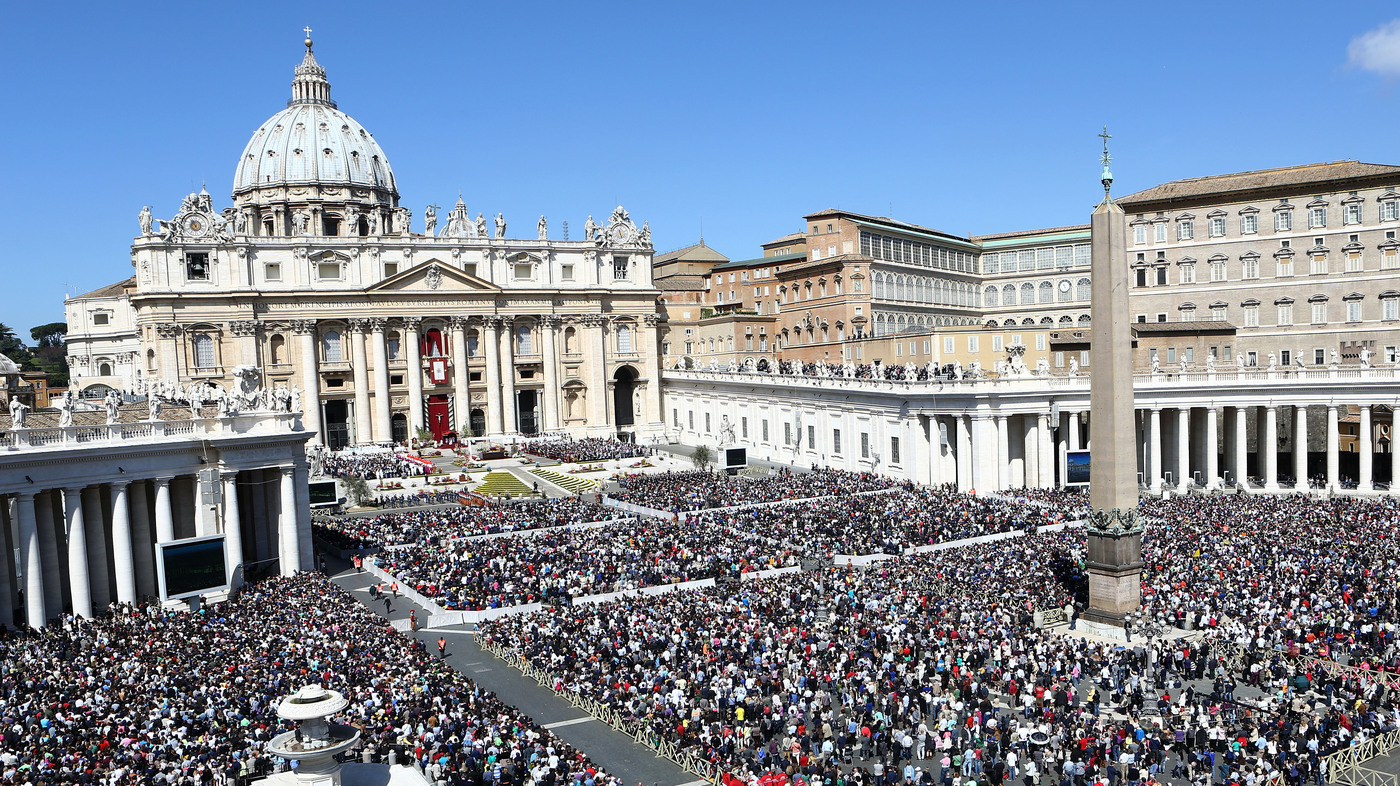 Image result for image of pope addressing crowd in st. peter's square