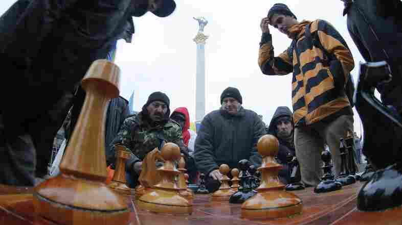 Putin's Chess Moves In Ukraine: Brilliant Tactics, But Bad Strategy?