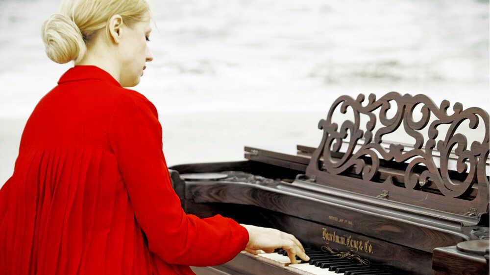 Valentina Lisitsa: Chasing Pianos And YouTube Fans