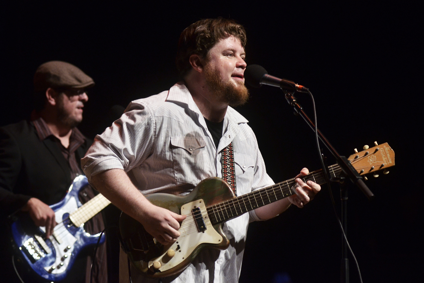 For this performance, Fowler is backed by his own Tampa-based trio.