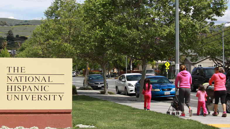 The National Hispanic University sits in the shadow of the East San Jose foothills in a working-class Latino neighborhood.