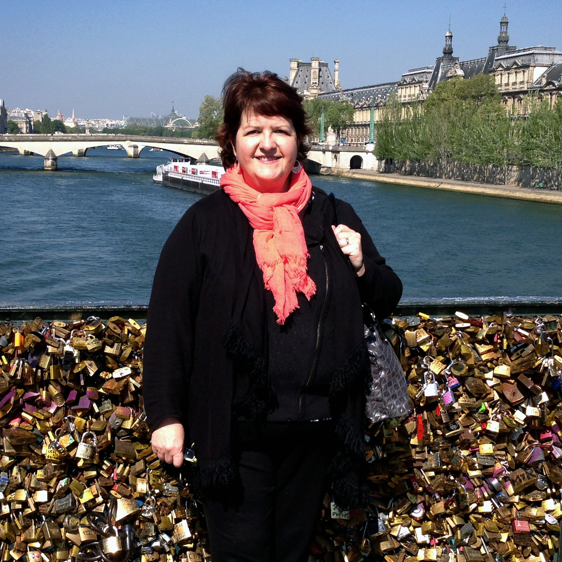 Two months ago, Lisa Taylor Huff launched an online campaign to get rid of the locks. The American with dual U.S.-French citizenship now calls Paris home.