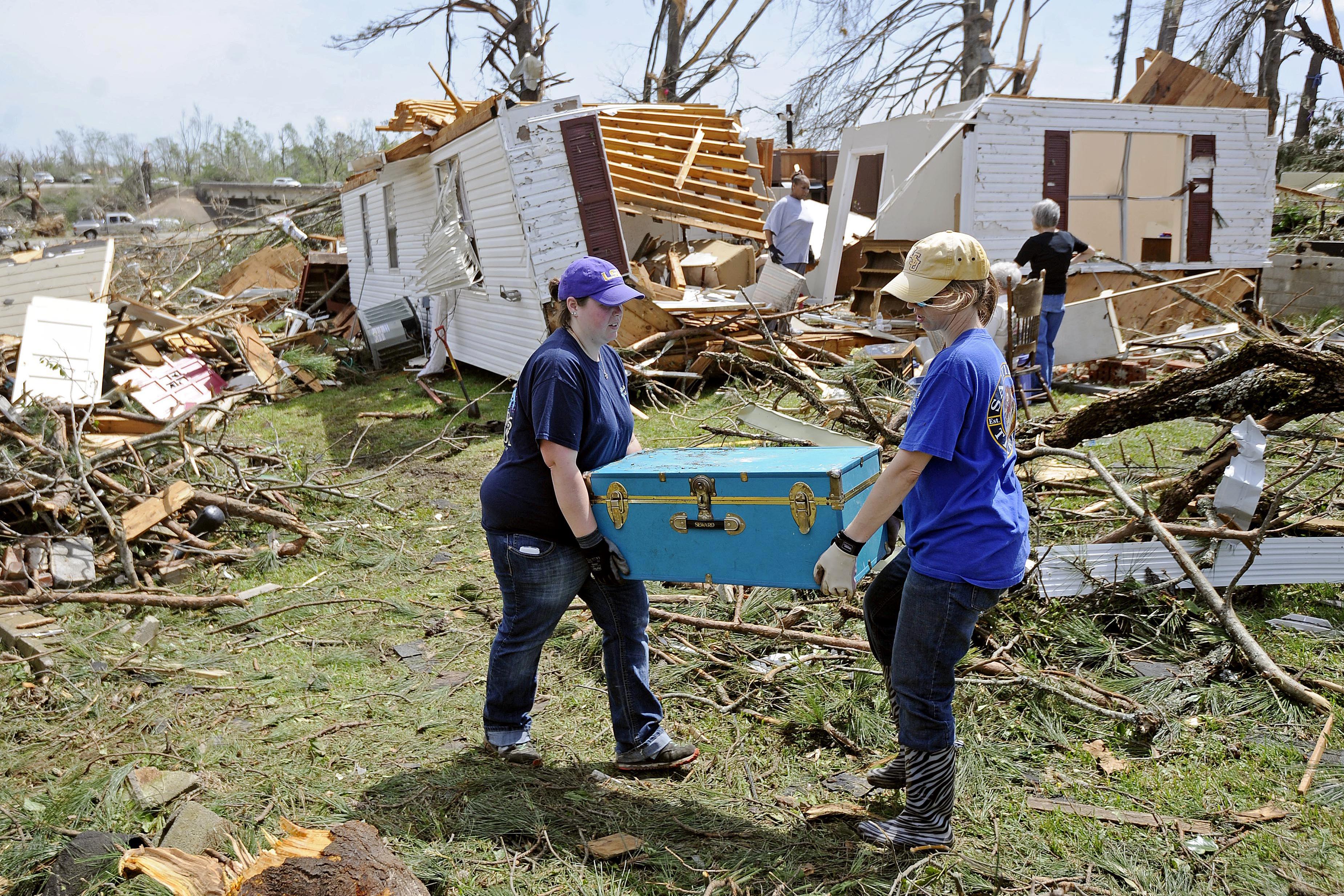 How Far Can A Tornado Carry A Mobile Home