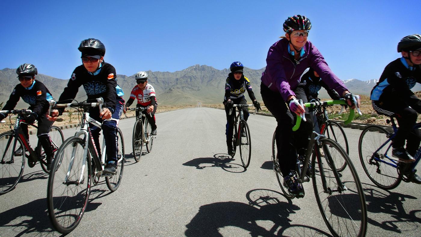 Afghan Female Cyclists  Breaking Away 70388a2cf