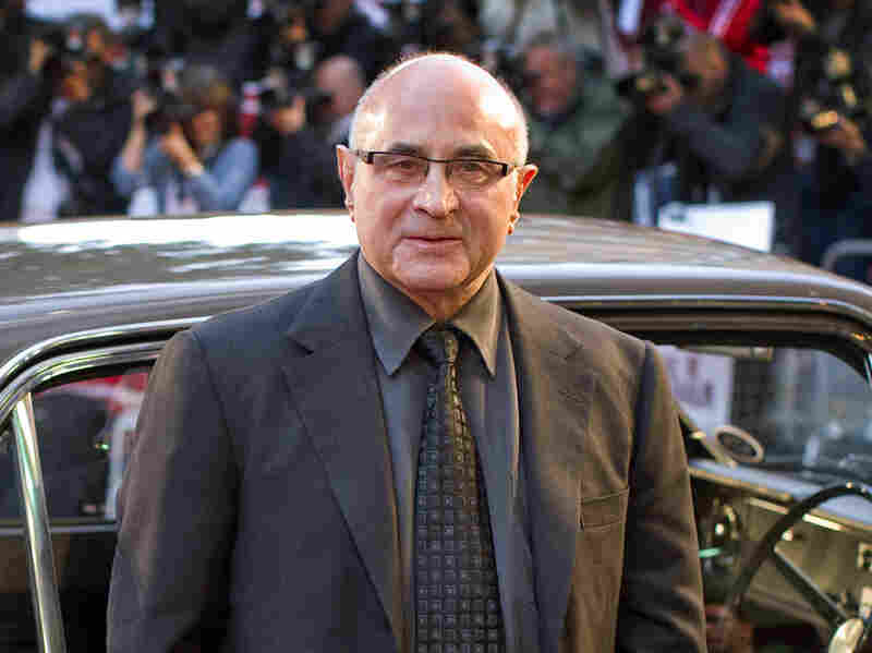 Actor Bob Hoskins died Tuesday at age 71.