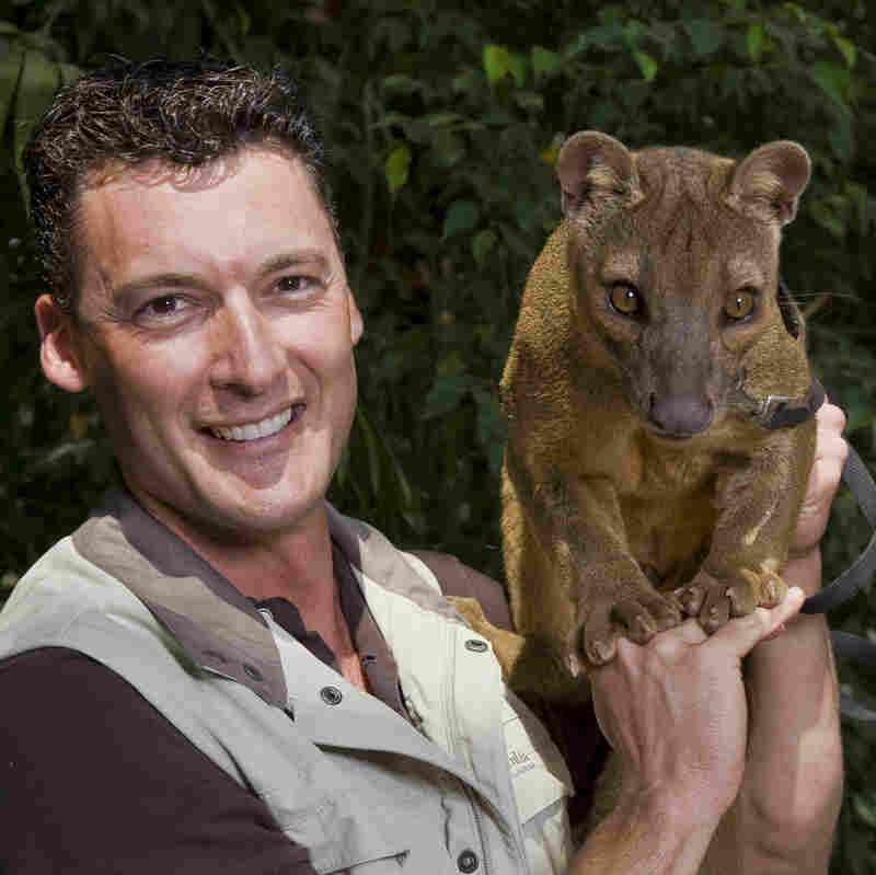San Diego Animal Ambassador 'ZooKeeper Rick' Plays Not My Job