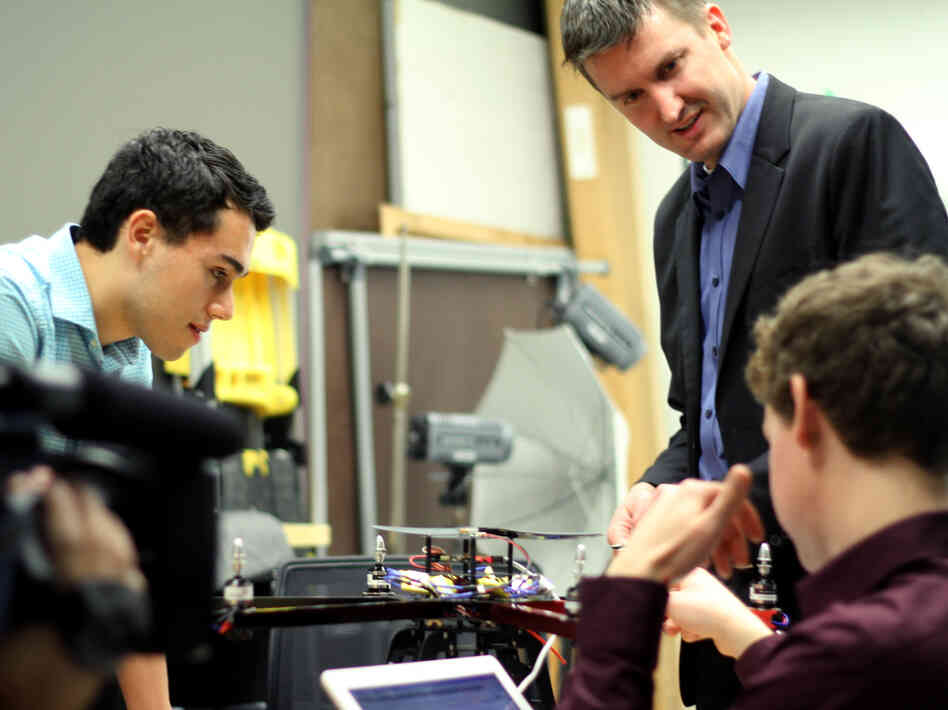 Matt Waite (standing at right) leads the Drone Journalism Lab at the University of Nebraska, Lincoln.