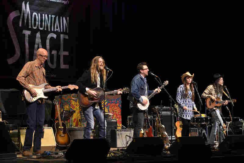 Willie Sugarcapps is a bona fide Americana supergroup.
