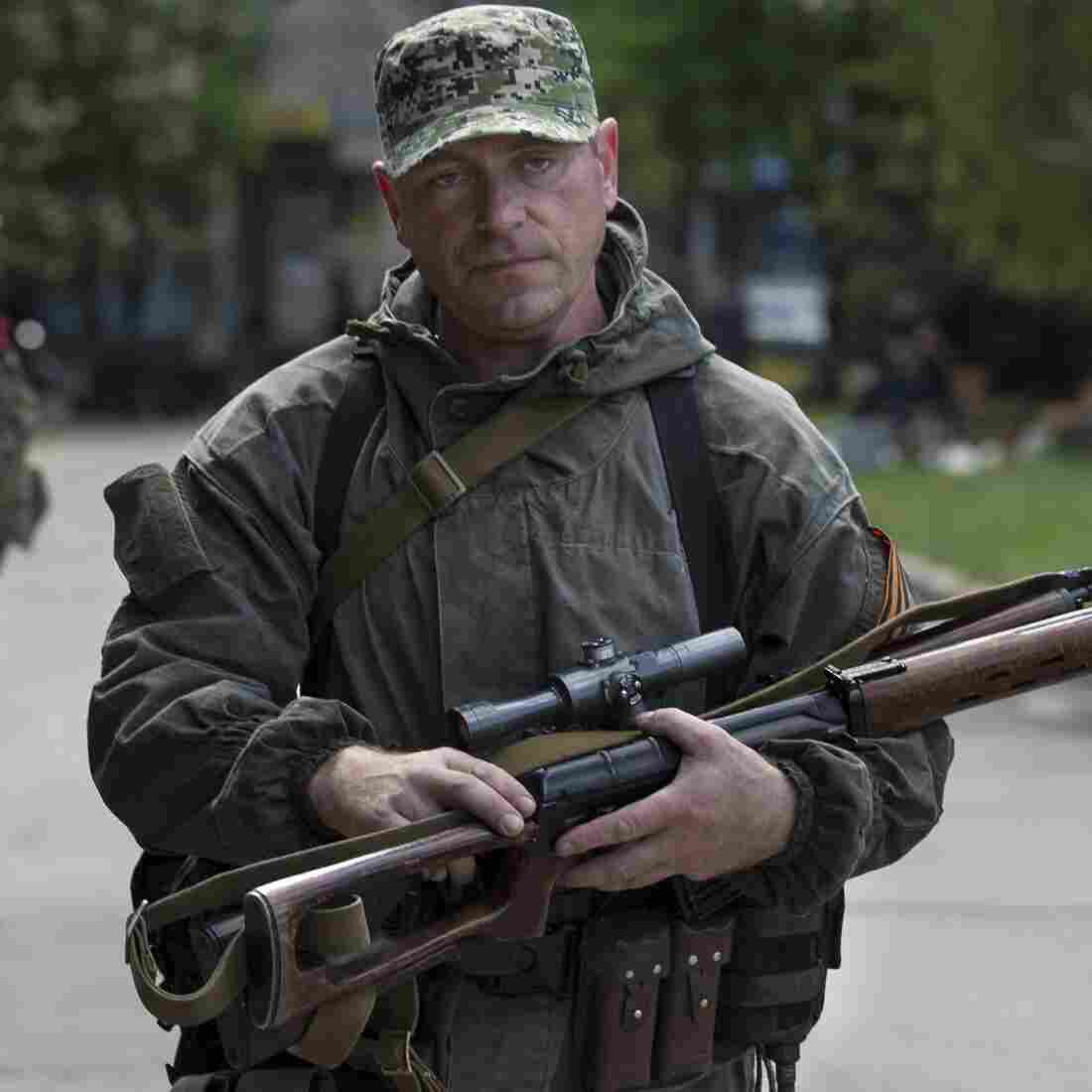 Ukraine Reports Dozens Killed In Slovyansk Fighting