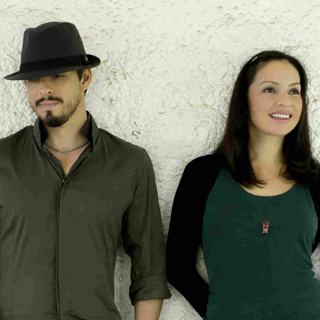 Rodrigo Y Gabriela's latest album is 9 Dead Alive.
