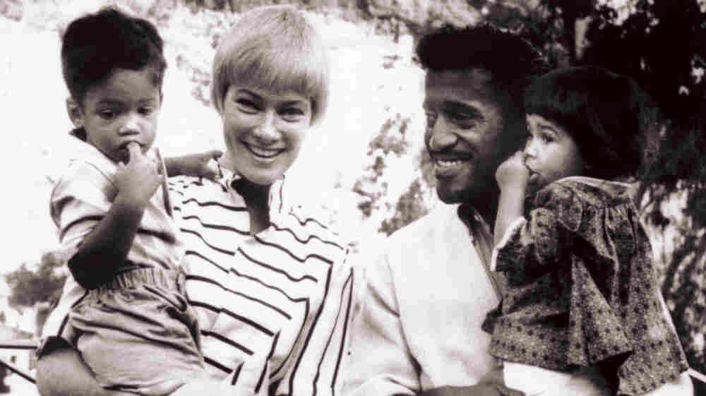 Rat Pack's Sammy Davis Jr. Lives On Through Daughter's Stories