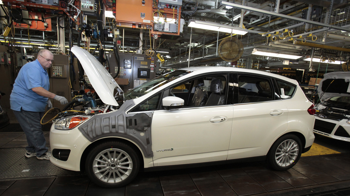 Ford Recalls Nearly 700 000 Vehicles To Fix Safety Problems The
