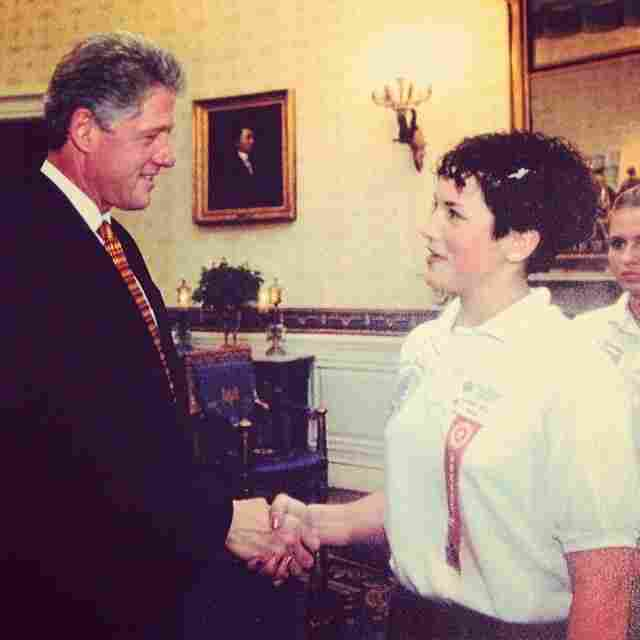 Desiree Kiesel meets president Bill Clinton.
