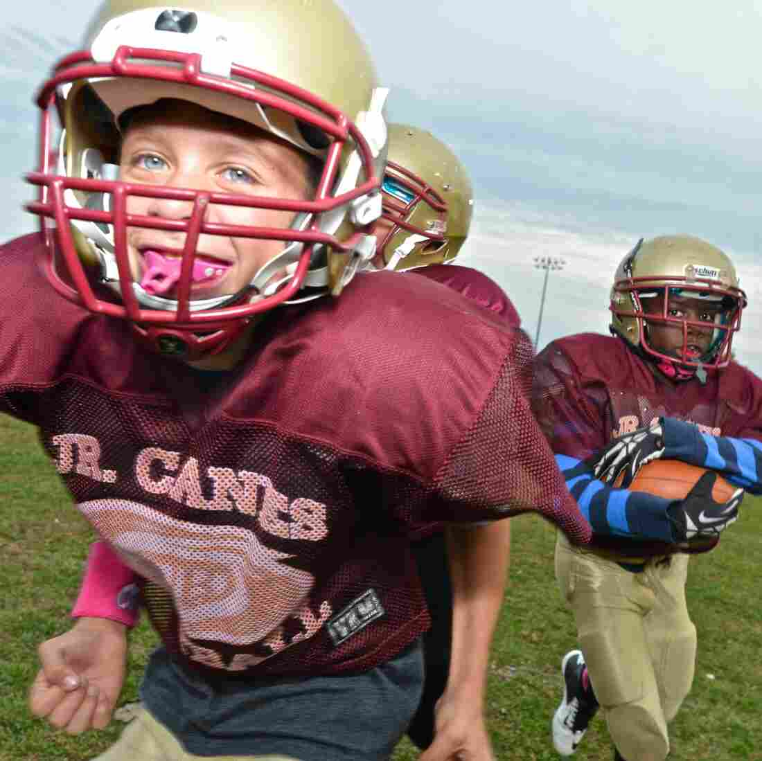Youth Football Clinics Try A New Angle To Prevent Concussions