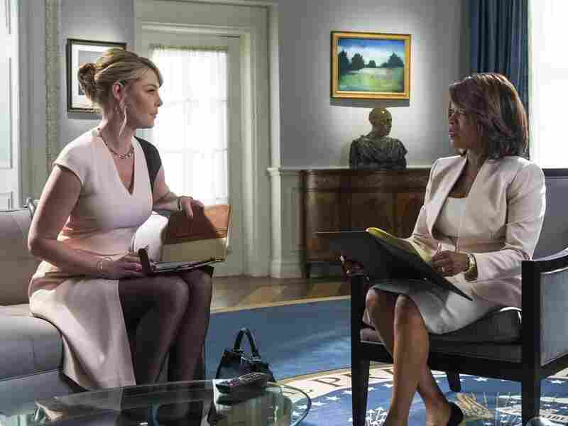 Katherine Heigl as Charleston Tucker and Alfre Woodard as President Constance Payton in NBC's State Of Affairs.