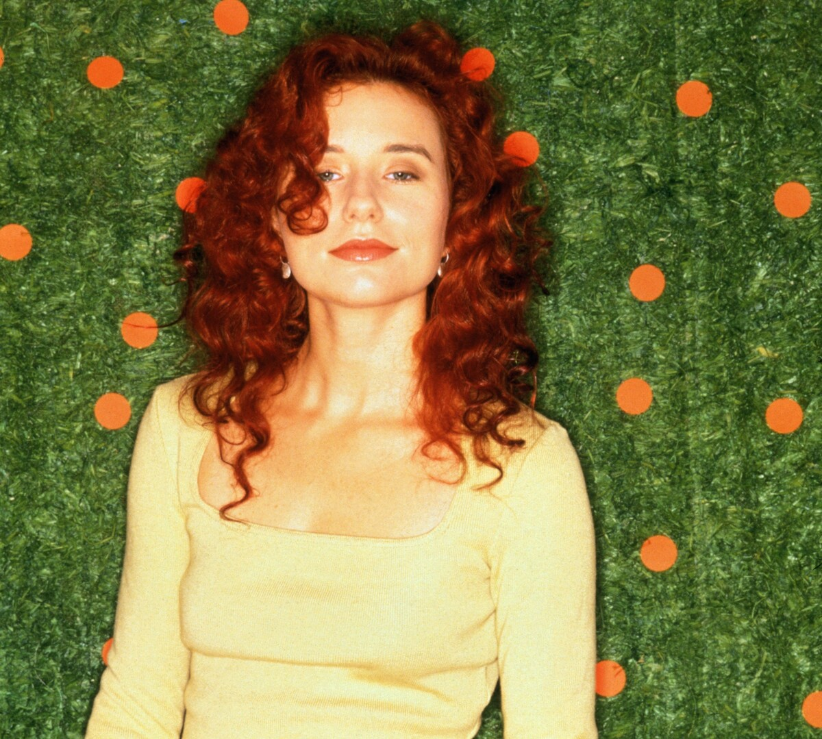 an analysis of me and a gun a ballad by tori amos 'me and a gun' was tori amos' first solo single  in an analysis of 'me and a gun' , deborah finding looks at tori amos' position both within it.