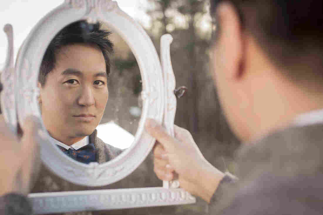 Kishi Bashi's second solo album is titled Lighght.