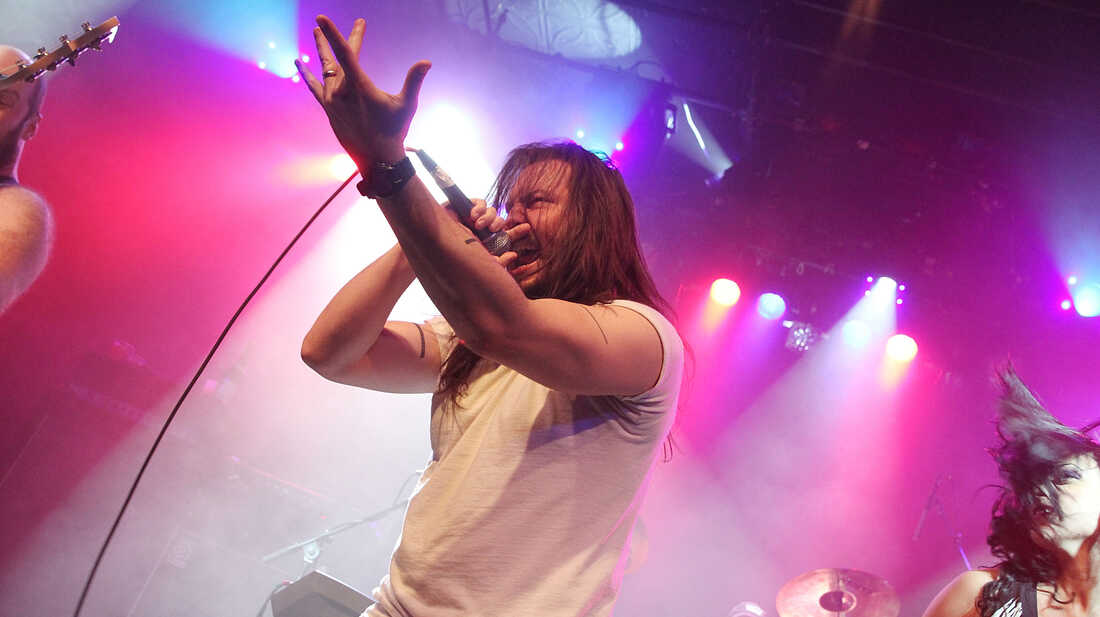 Random Questions With: Andrew W.K.
