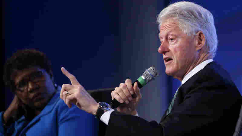 Bill Clinton Says His Wife's Brain Is Just Fine, Thank You