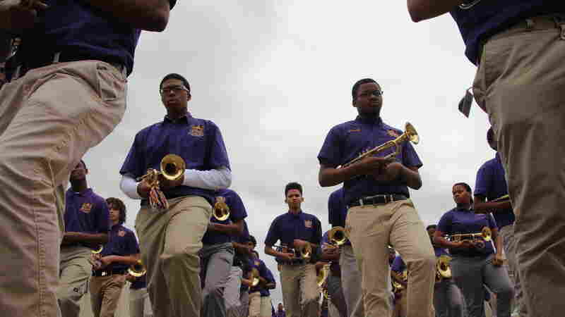 The edna karr high school marching band had fewer than 40 members four