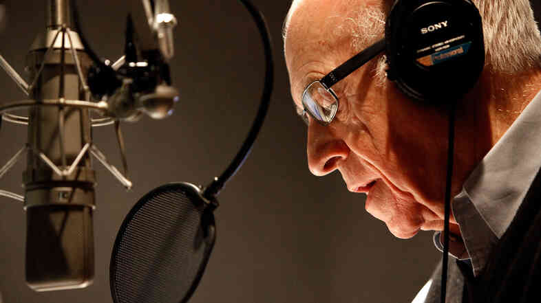 NPR's Carl Kasell delivers one of his last newscasts during Morning Edition on Dec. 30, 2009, in Washington, D.C.