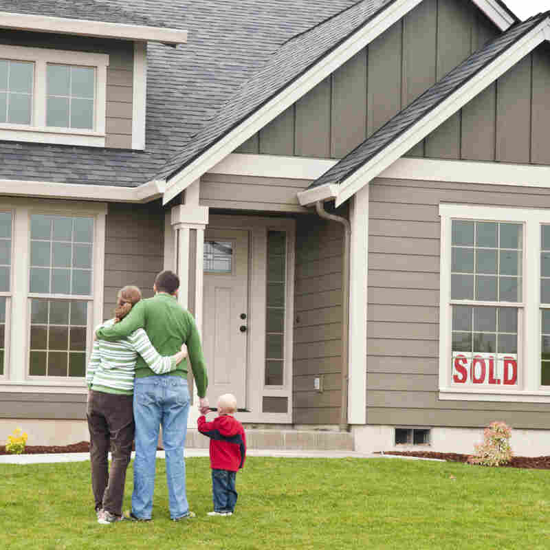 Housing Is Perking Up, But Realtors Worry About Young Buyers