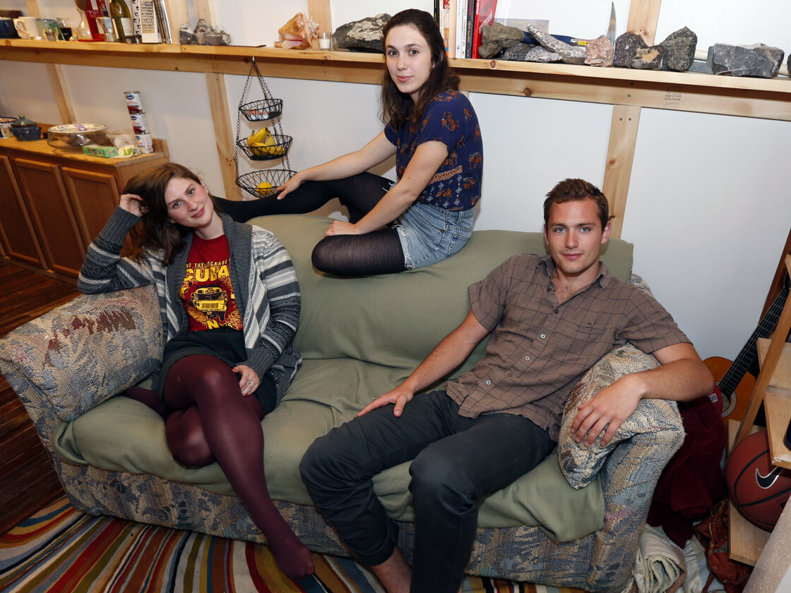 Lara Russo (from left), Cally Guasti and Reese Werkhoven found more than $40,000 stashed inside the couch they bought at a Salvation Army store.
