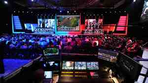 The studio audience watches a match between professional teams Dignitas (left) and Evil Geniuses (right) during the League of Legends North American Championship Series on Feb. 22.