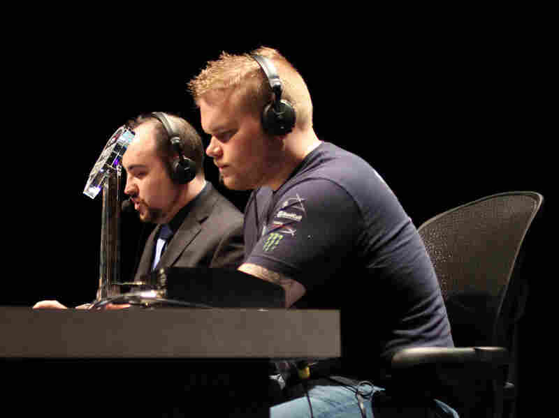 """Geoff """"iNcontrol"""" Robinson (right) is a 28-year-old professional gamer for Evil Geniuses, a U.S. pro-gaming organization."""