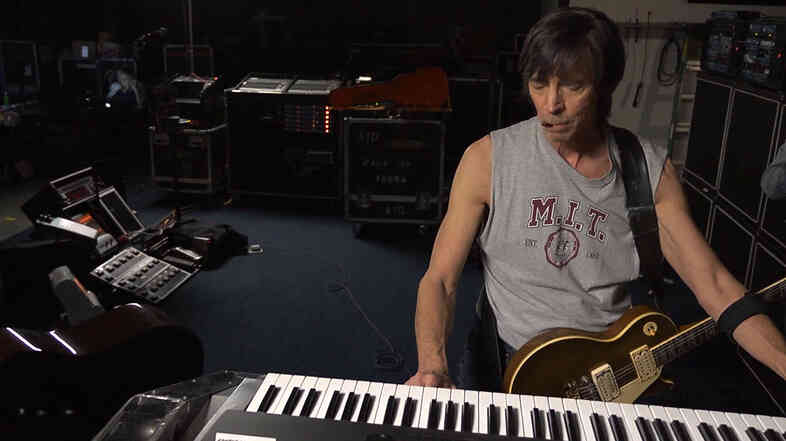 Songwriter, musician and engineer Tom Scholz in his