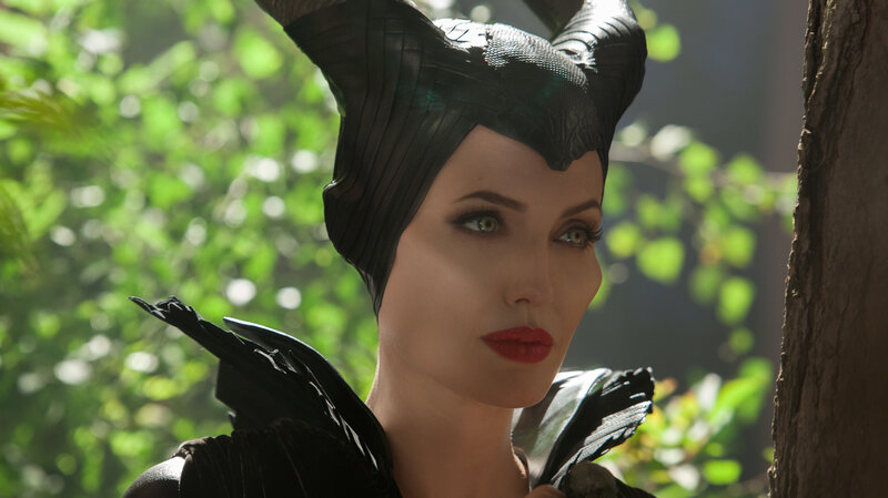 Maleficent Tells The Fairy Tale From The Wicked One S