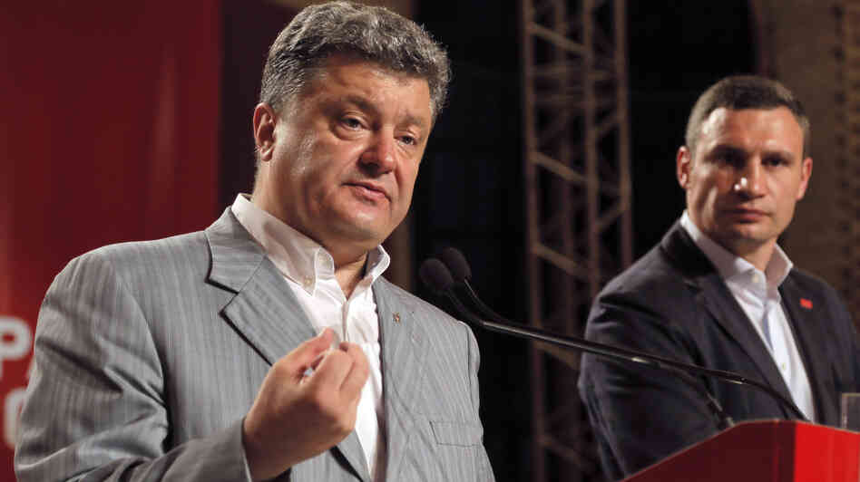 "Presumed Ukrainian president-elect Petro Poroshenko, left, said Monday that an ""anti-terrorist operation"" against separatists will take hours, not months."