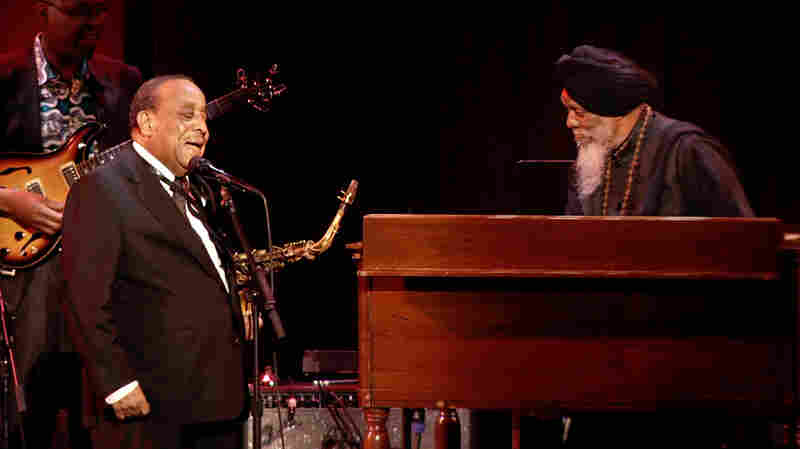 Lou Donaldson and Dr. Lonnie Smith perform at Blue Note At 75, The Concert.