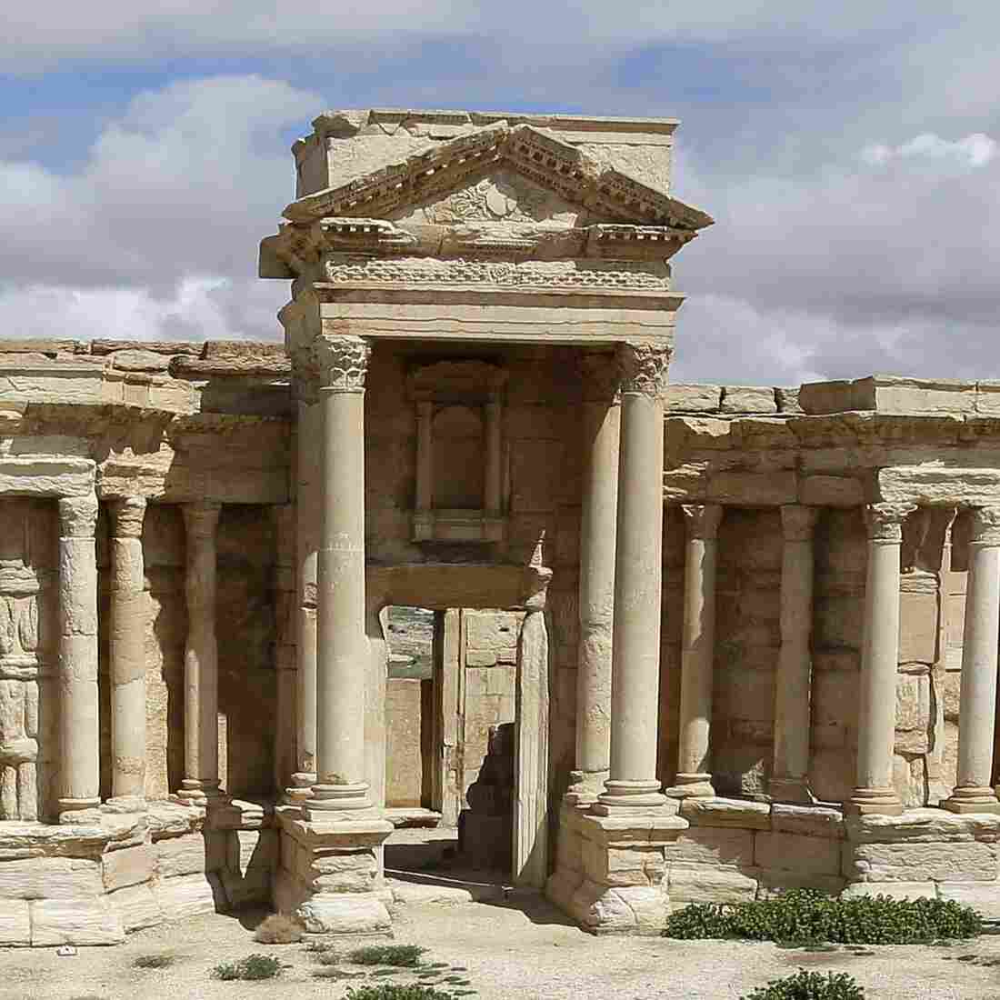 Smugglers Thrive On Syria's Chaos, Looting Cultural Treasures