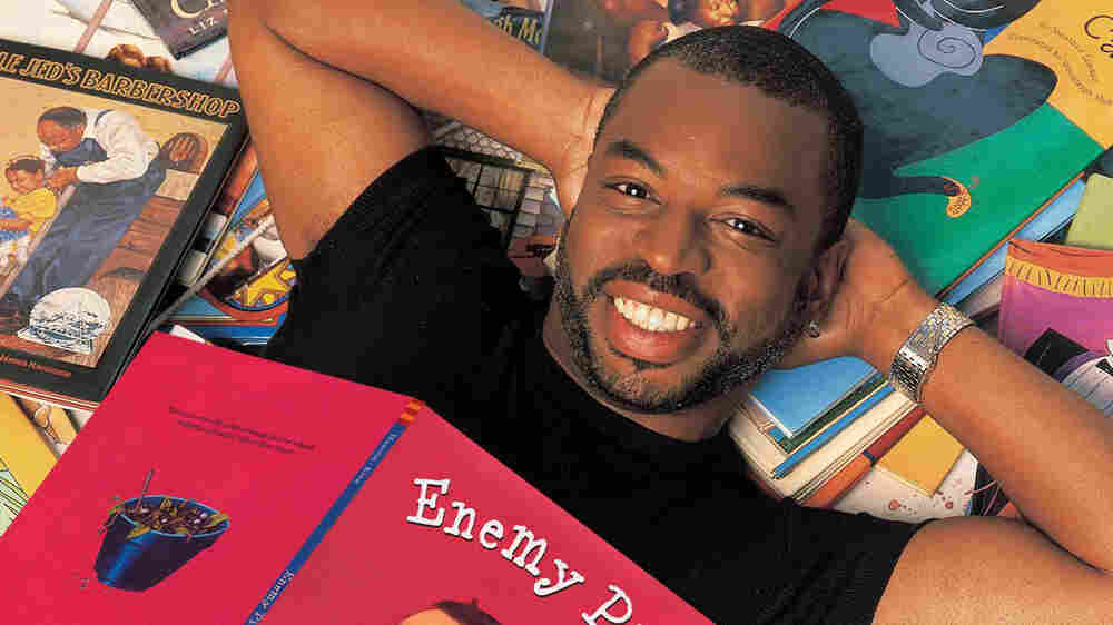 Burton Calls On 'Star Trek' Fans To Bring 'Reading Rainbow' To The Next Generation
