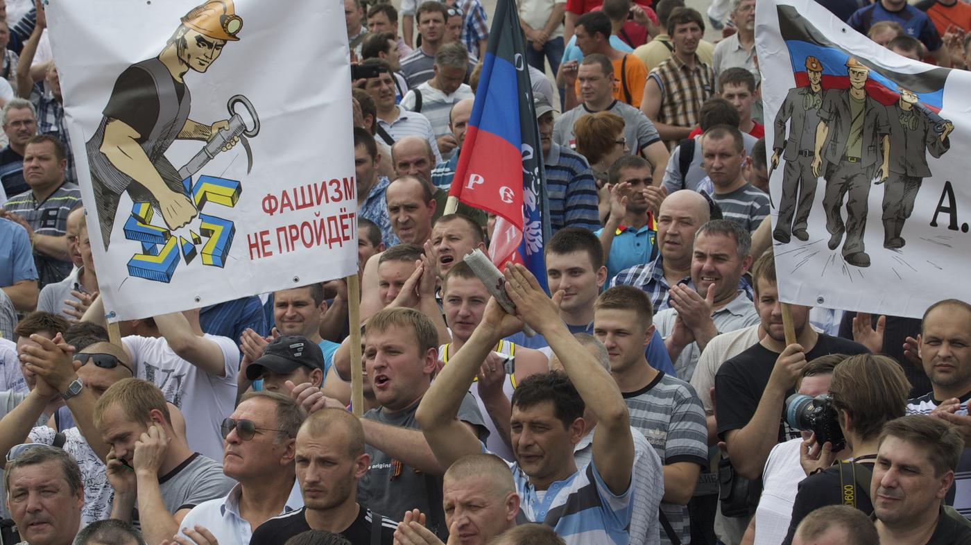 Ukraine Promises To Crush Insurgency; Chechnya Denies Sending Troops