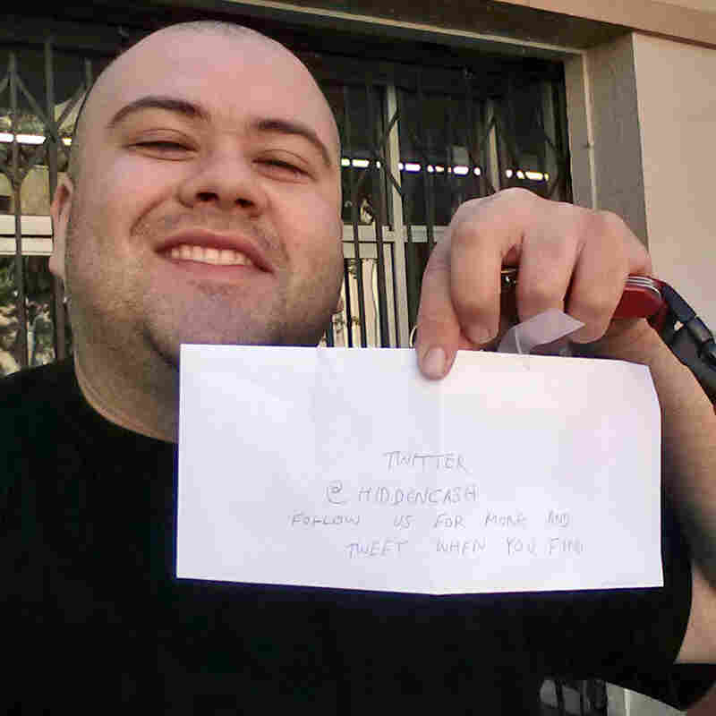 Sergio Loza found an envelope containing $50 taped to a parking meter in San Francisco's Mission District.