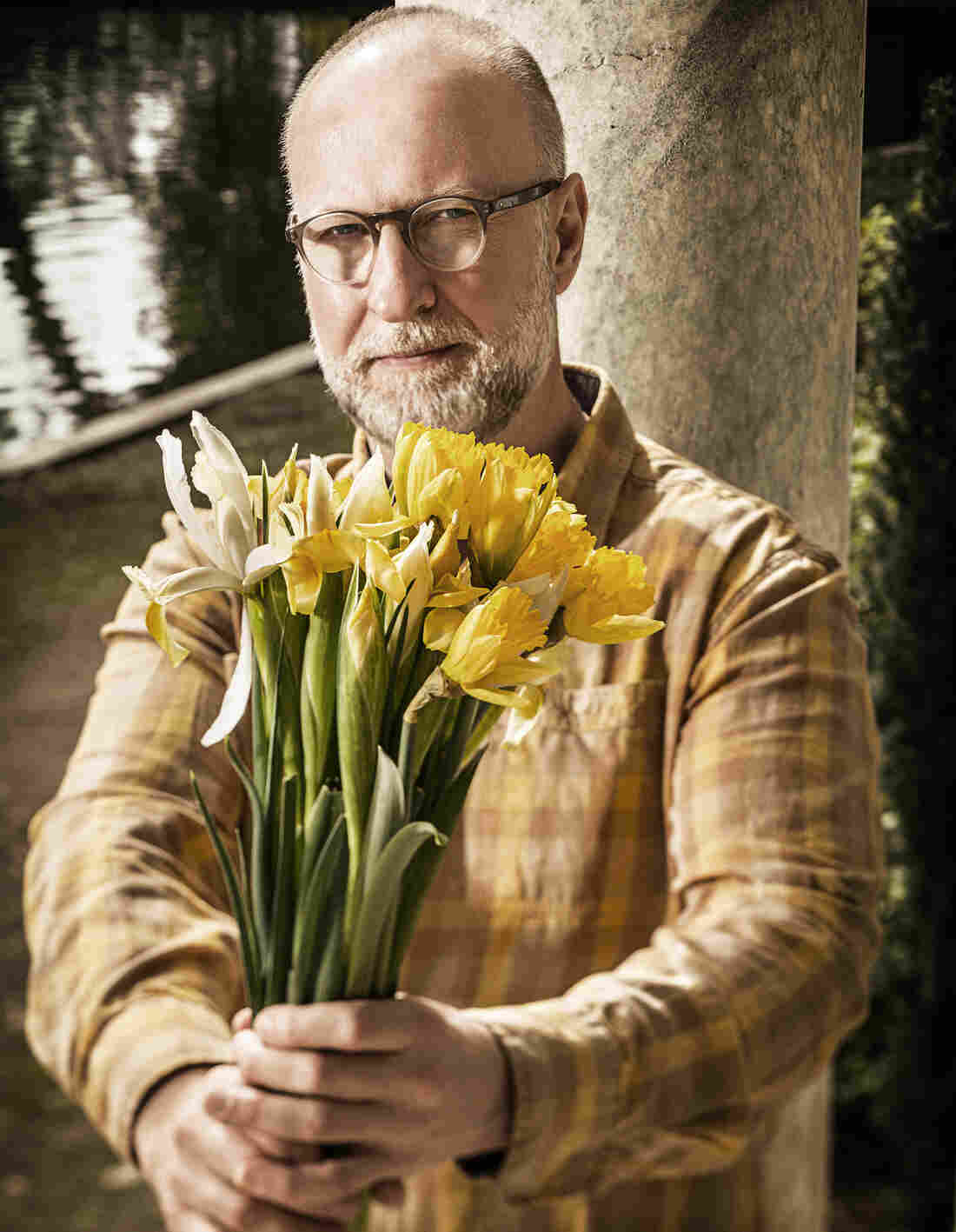 Bob Mould's latest album is Beauty & Ruin.