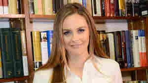 Actress Alicia Silverstone attends a book signing for her book The Kind Mama on April 15, 2014 in Huntington, N.Y.