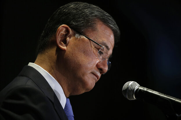 Veterans Affairs Secretary Eric Shinseki pauses while speaking at a meeting of the National Coalition for Homeless Veterans on Friday.