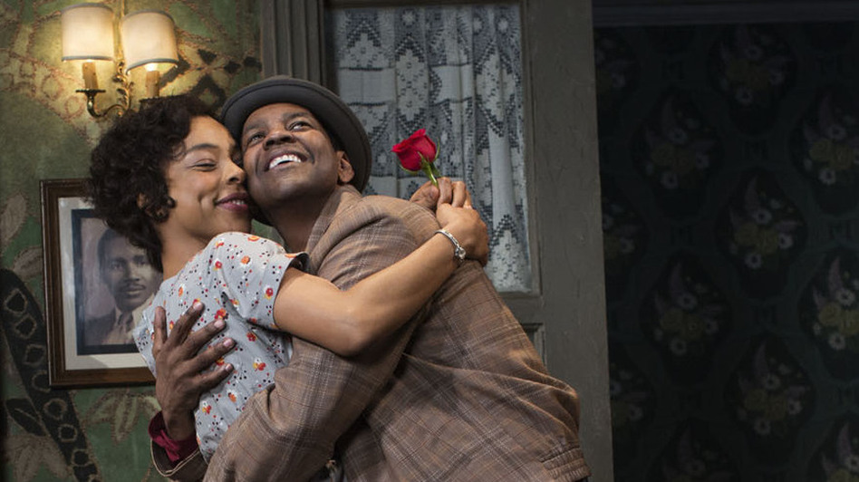Denzel Washington plays Walter Lee, the role played by Sidney Poitier in the 1959 Broadway production of A Raisin in the Sun. Sophie Okonedo, known for her Academy Award nomination for Hotel Rwanda, plays Ruth Younger in her New York stage debut. (Brigitte Lacombe)