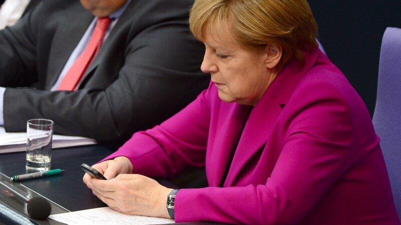 Angela merkel cell phone nsa hookups